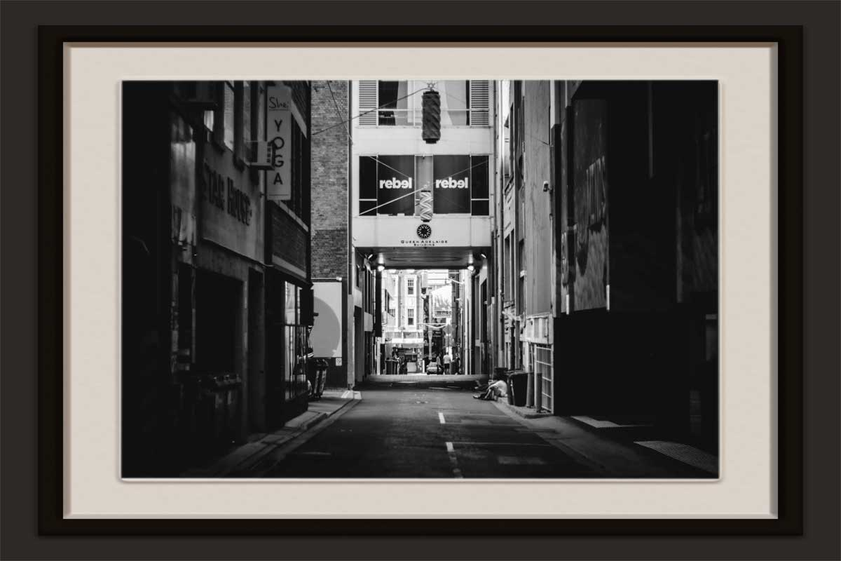 vip-picture-framing-queen-adelaide-building-mage-by-JDSuarez